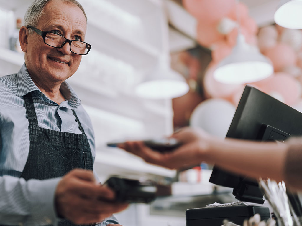 Cómo vender recargas telefónicas en mi negocio
